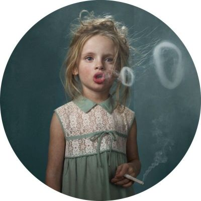 Smoking-Kids-Glamour-Shots_4